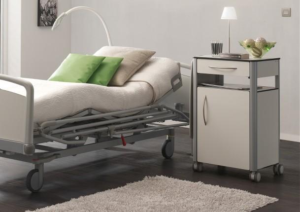 Haelvoet ziekenhuismeubilair ouderenzorg dokterspraktijk - Tafel met chevet ...